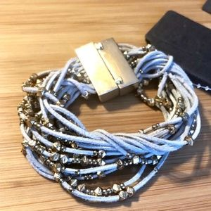 💚NWT Magnetic Leather Strand/ Gold Bead Bracelet
